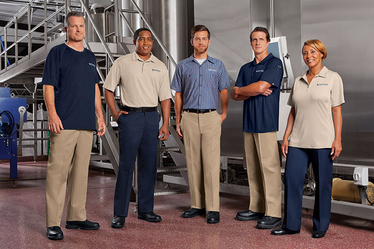 7 Reasons to Invest in Employee Uniforms as a Small Business Owner
